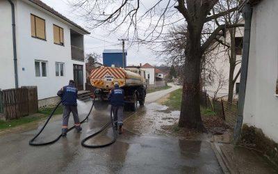 Завршена дезинфекција улица и јавних површина и у Губеревцу
