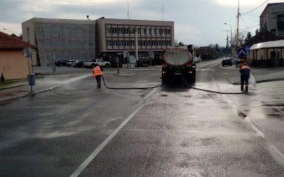 Почела дезинфекција улица и јавних површина